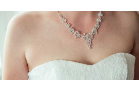 The Difference Between Diamond Necklaces and Pendants