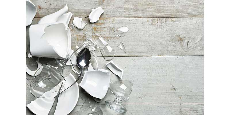 Wedding Traditions - Smashing The Plates in Germany
