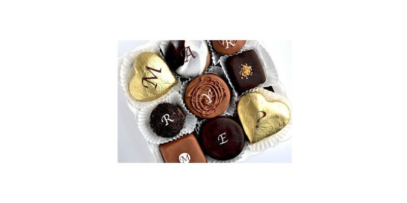 Valentine Proposal - Chocolates