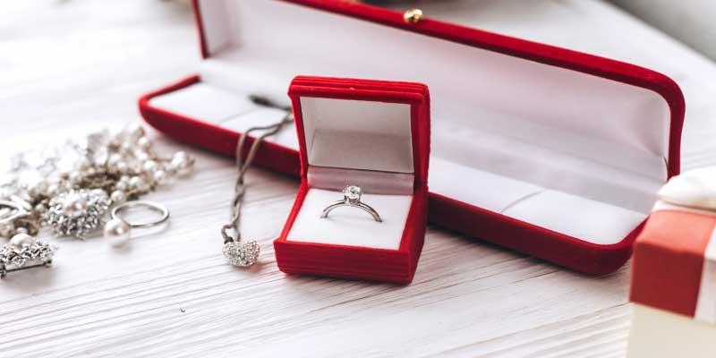 diamond wedding anniversary gifts