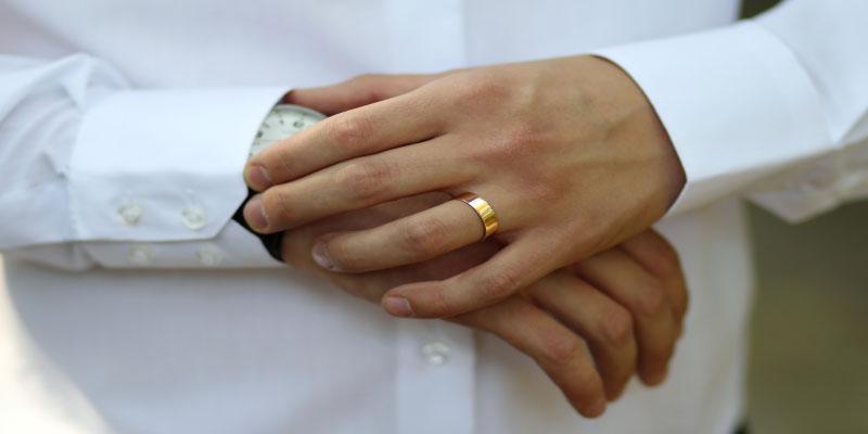 ring finger meanings for men