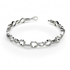 Prong Setting Round Diamond Delicate Bracelet